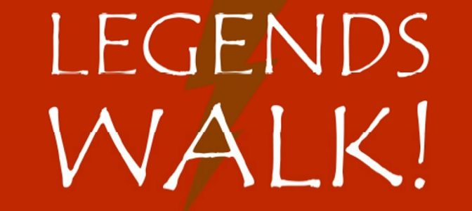 Legends Walk!: miti con mantello e calzamaglia